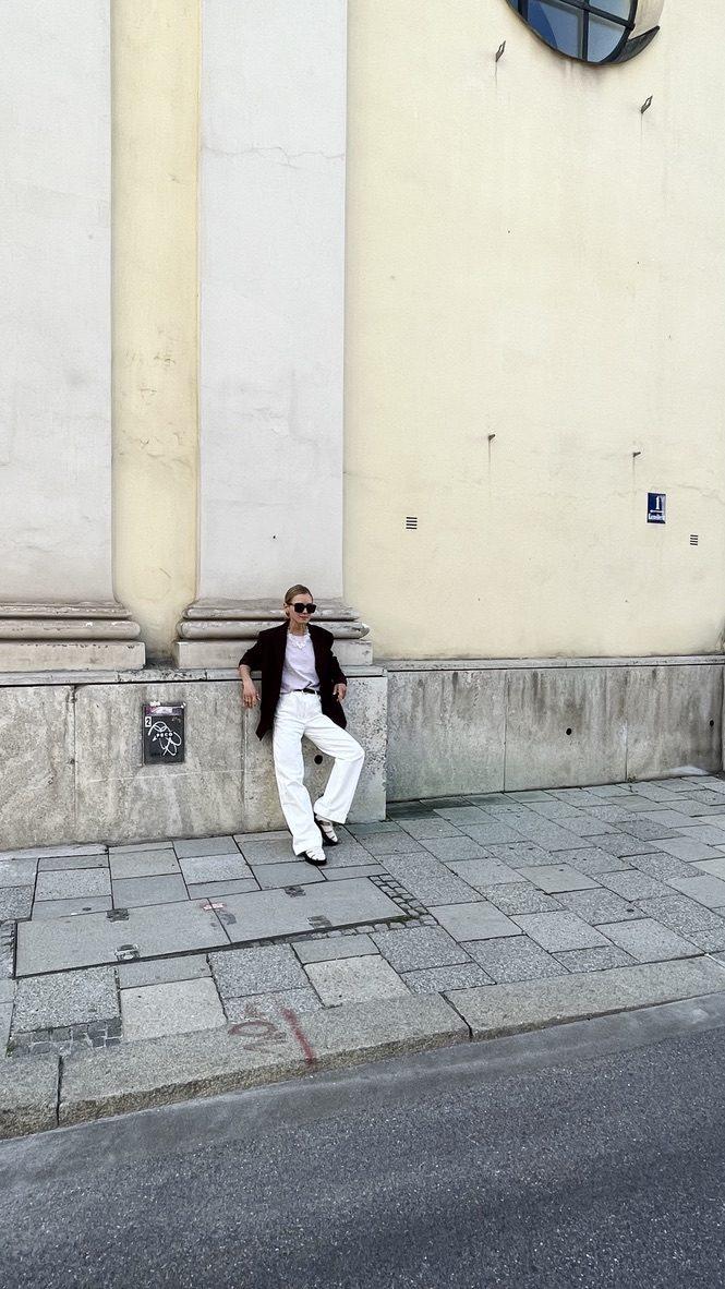 The white pant |04.09.2021