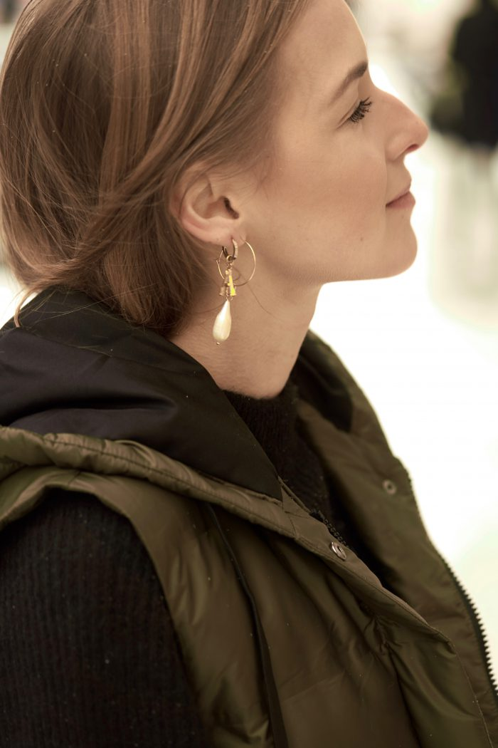 gold Céline earrings fashion blogger
