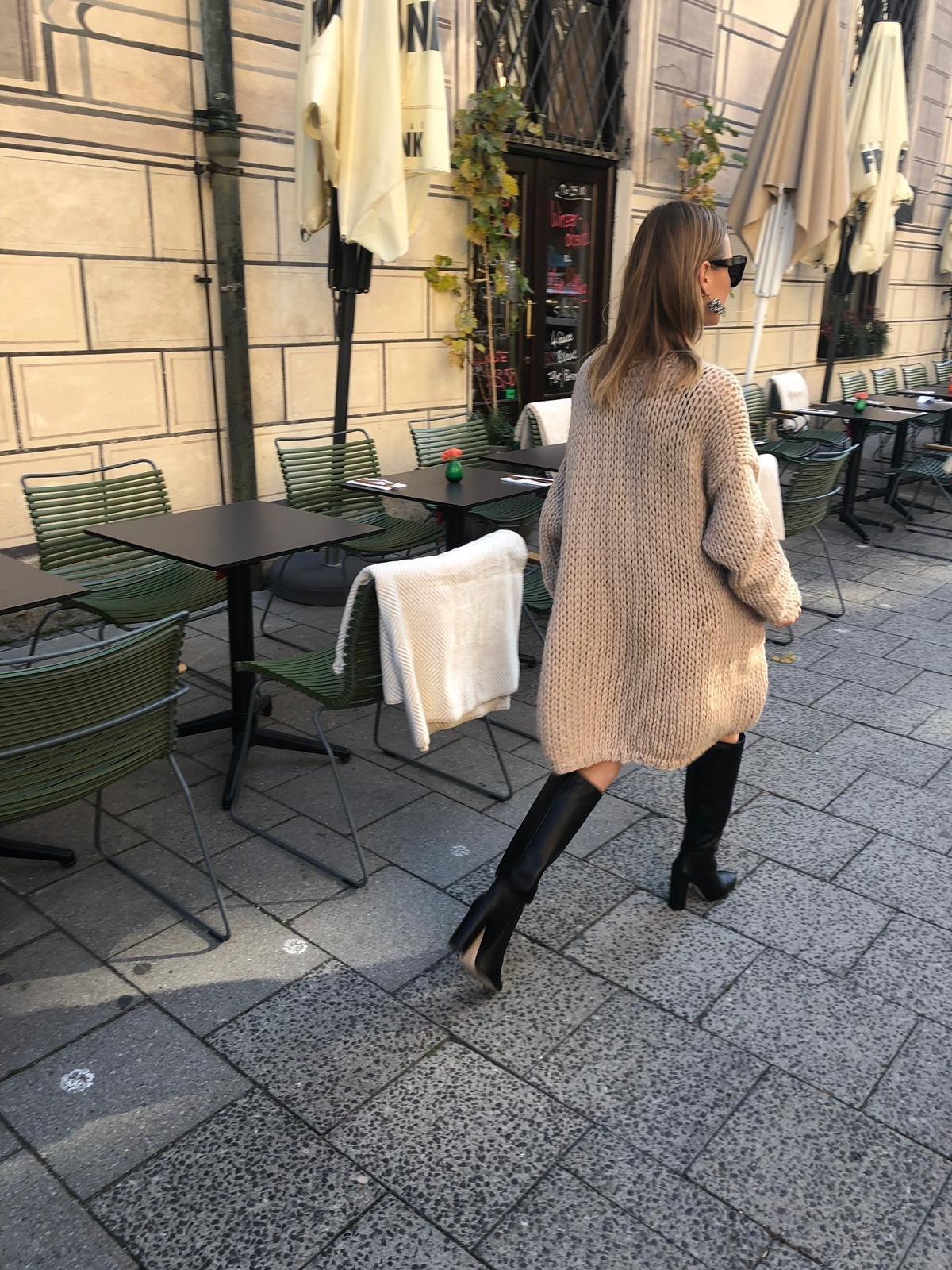 The Evyïnit Sweater