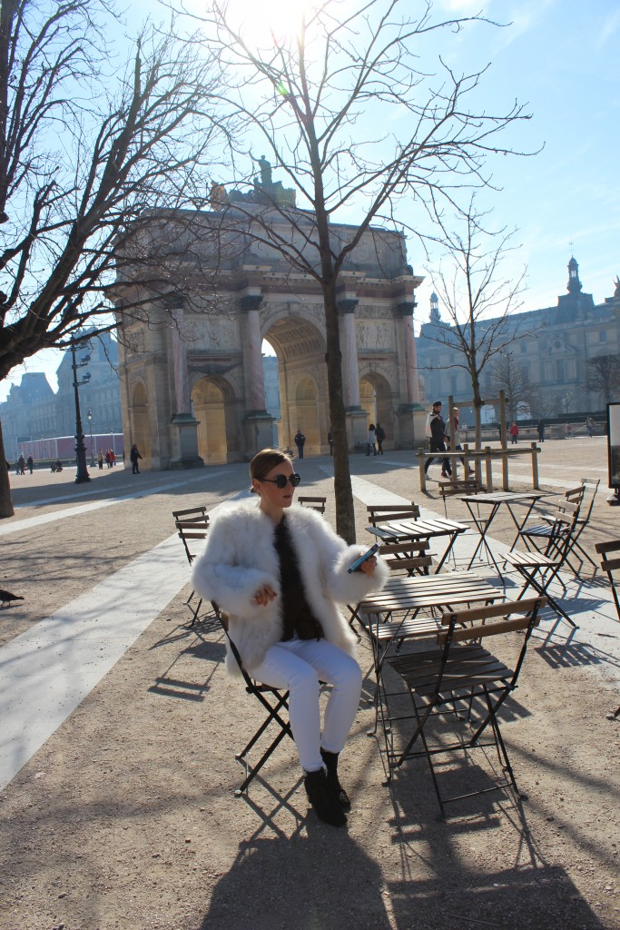 white Look in Paris