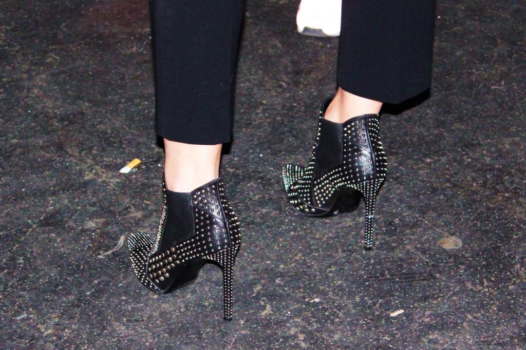 Saint Laurent Ankle Boots mit Nieten Paris