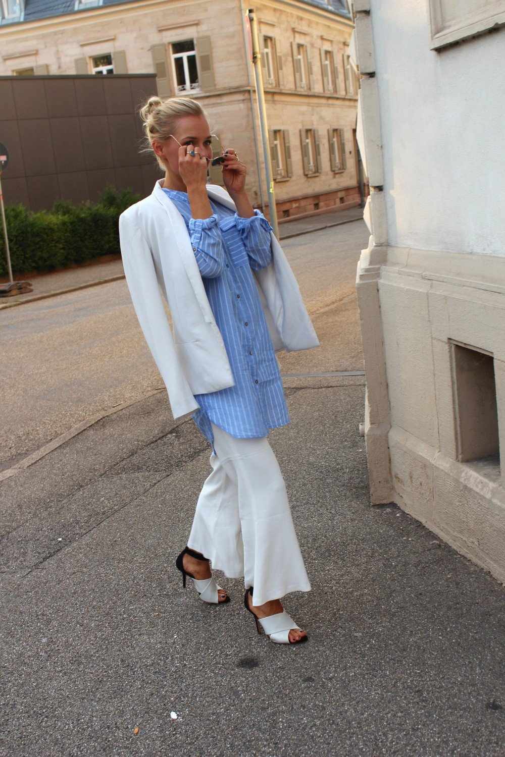 white&blue Look