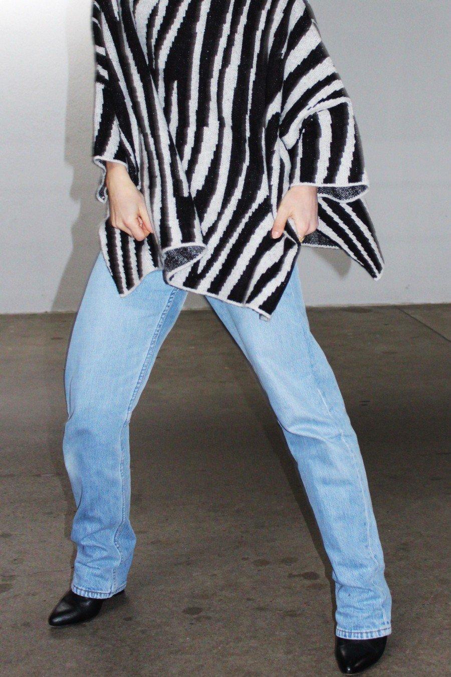 Zara Poncho Zebra Look