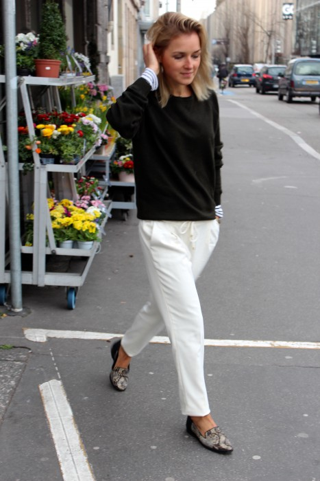 white Pants blogger style