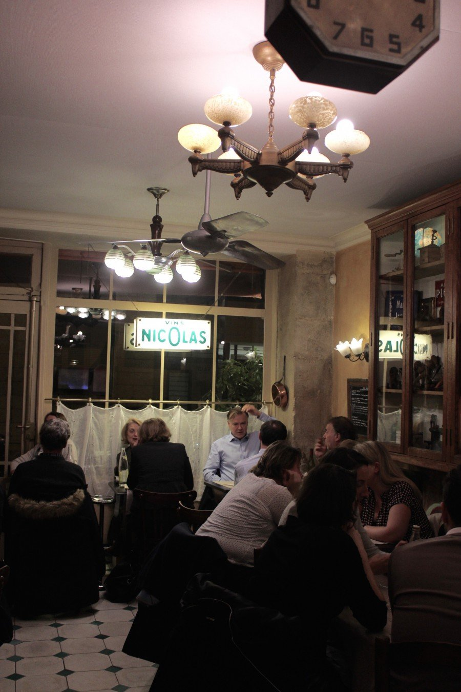 Le Casse Noix Bistro Paris