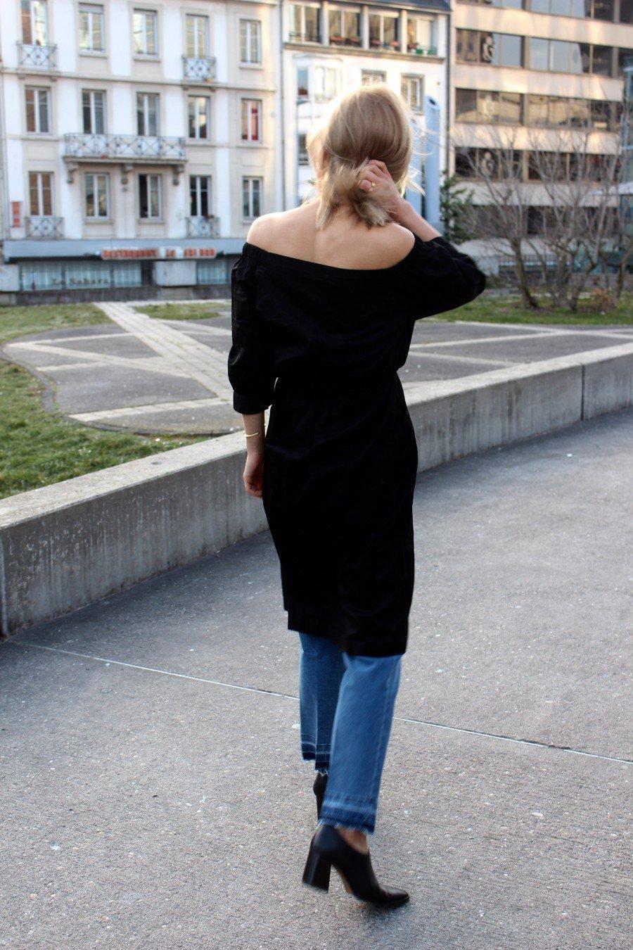 Fashionblogger Streetstyle schwarzes Kleid