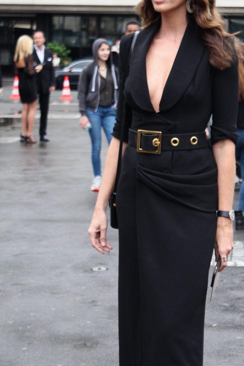 hauet couture atelie versace paris streetstyle