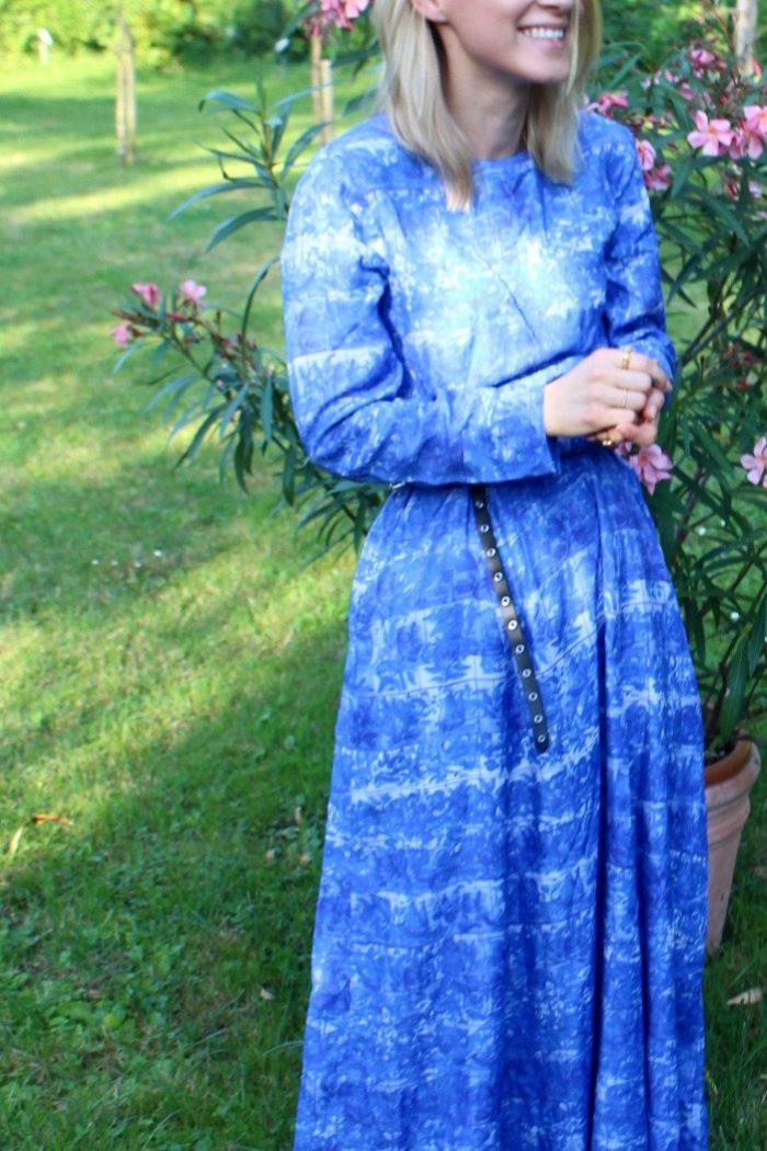 Maxi kleid blau lang H&M blogger kombinieren