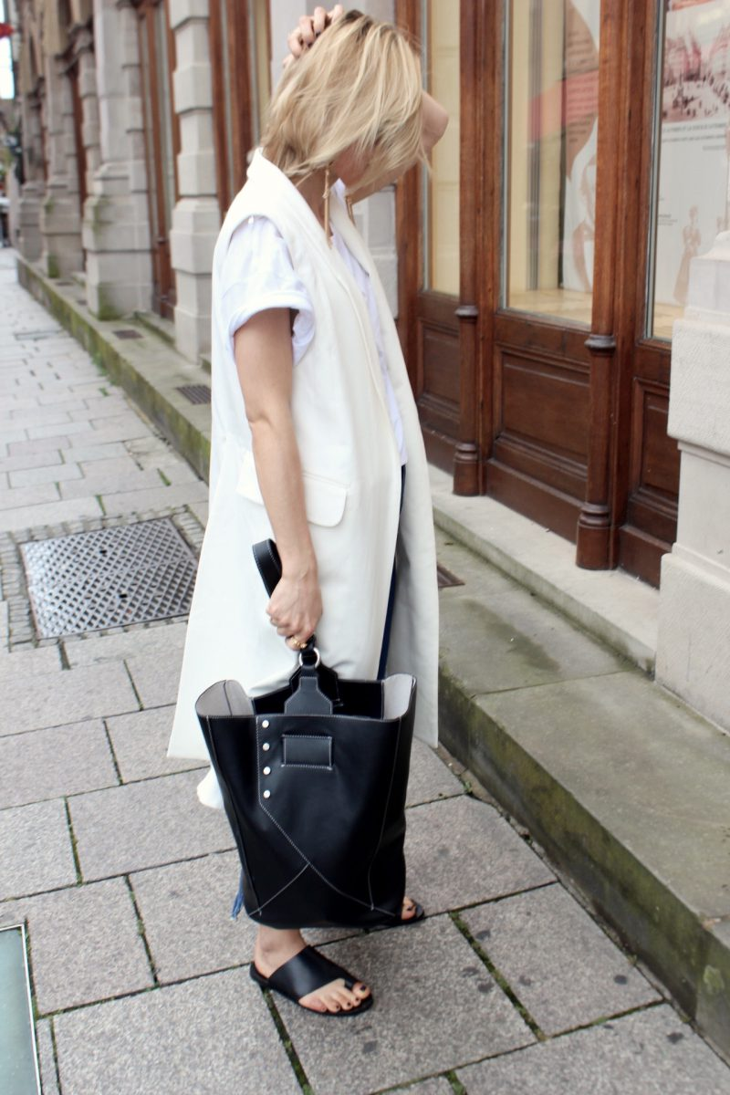 the bucket bag céline paris
