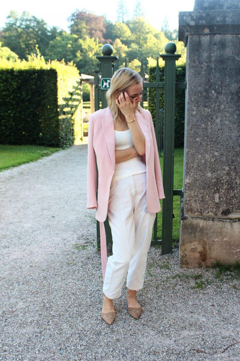 pastel look blogger