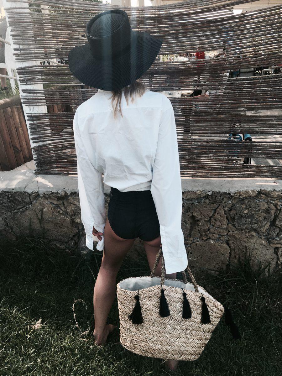 Weißes Hemd im Sommer