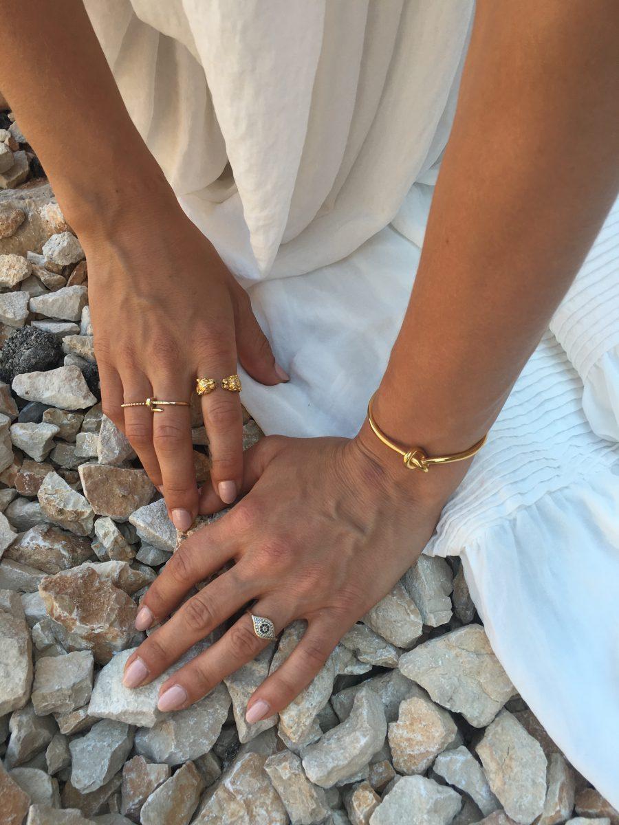 celine bracelete gold