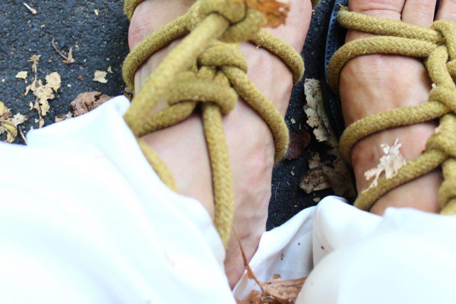 sandalen mit kordeln