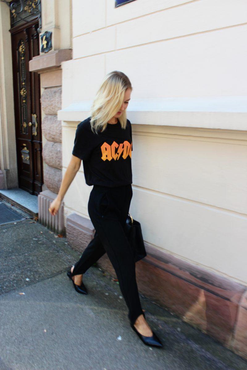 schwarzes AC DC Tshirt H&M