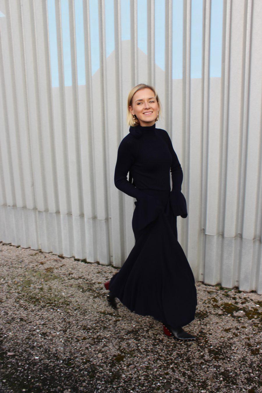 langes Kleid H&M trend mit glockenärmel