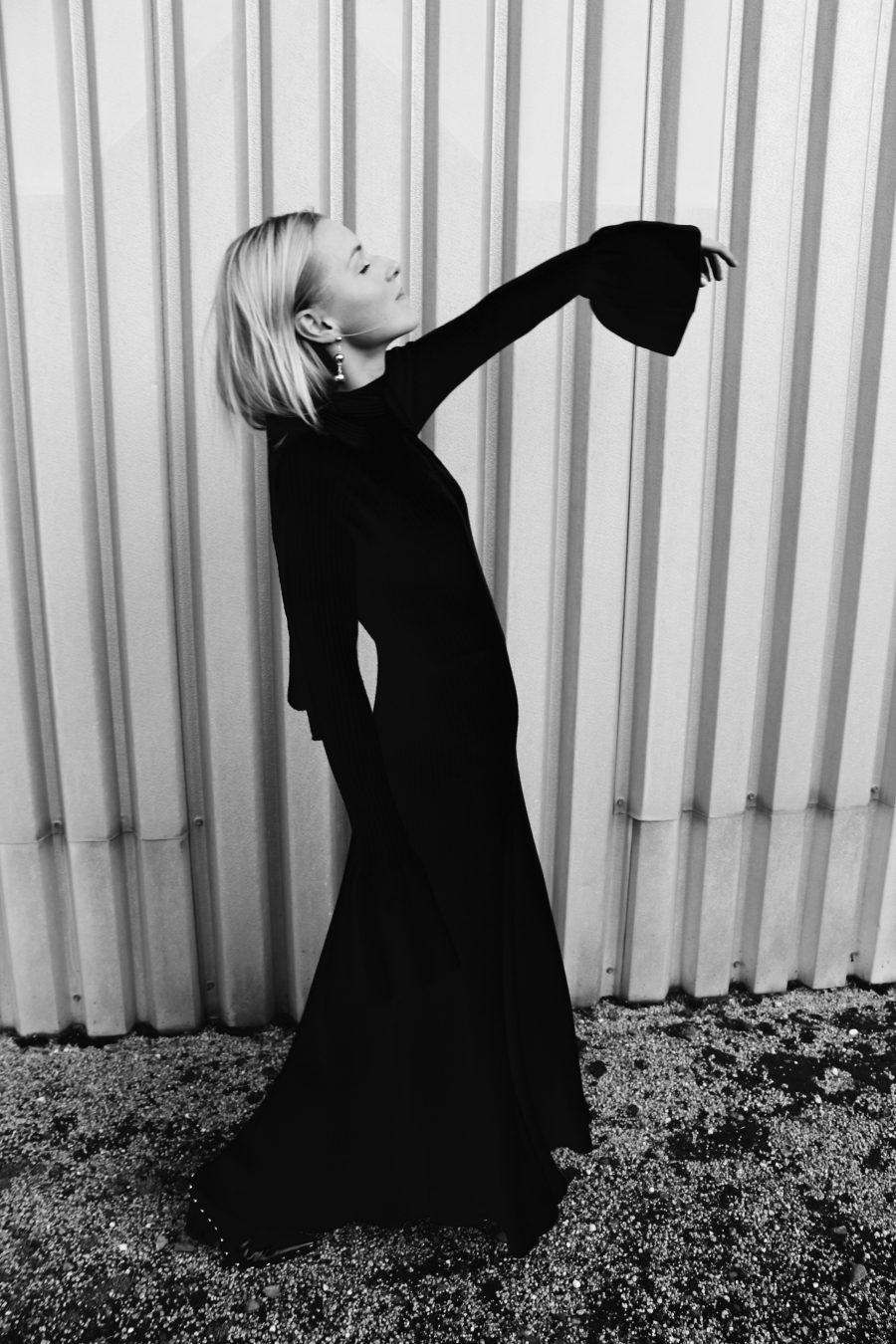 Kleid mit langen Ärmel und Volant