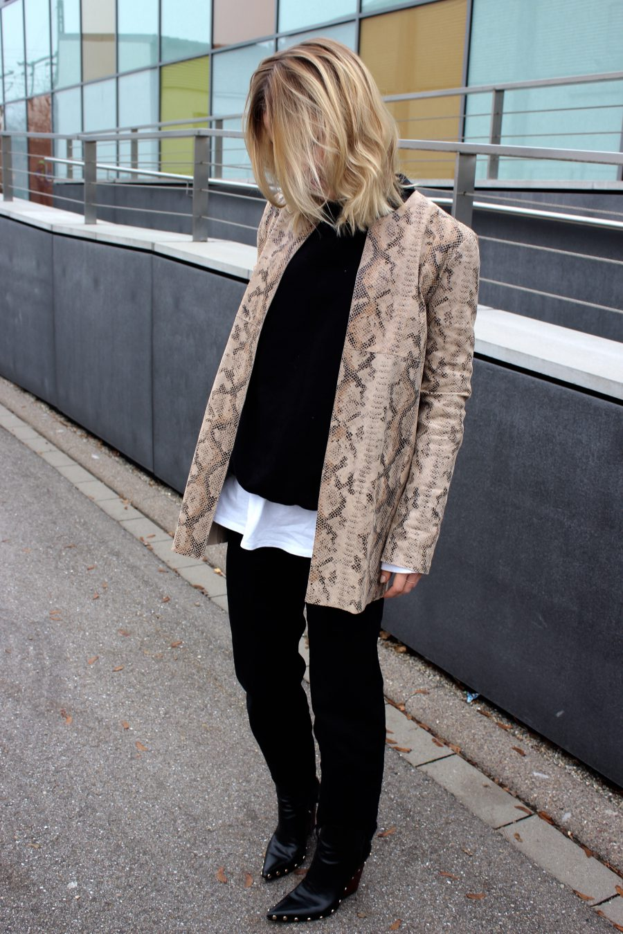 Print Jacket Fashion Blogger