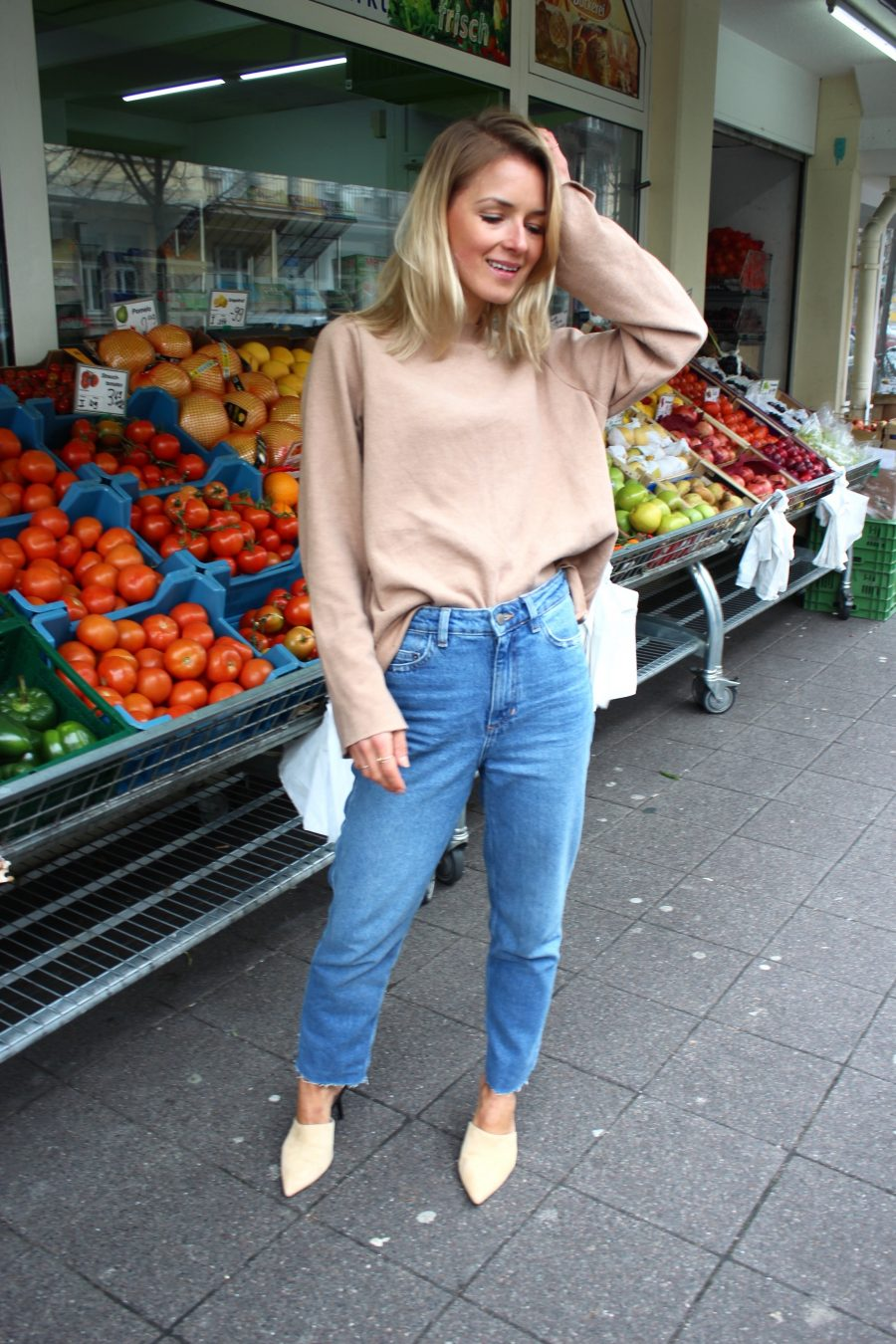 high waisted jeans h&M trend