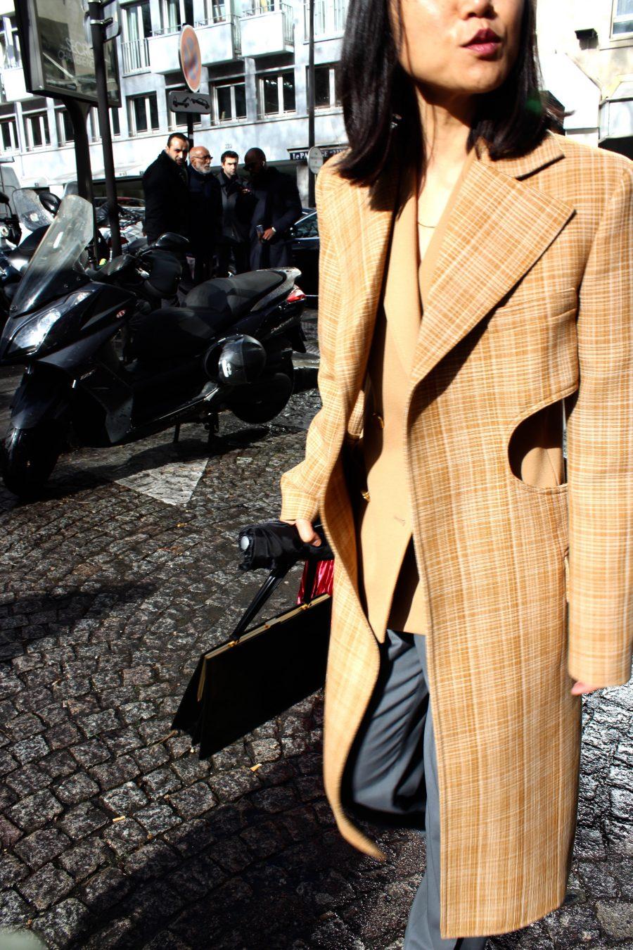Streets style Paris Fashion Week FW/2017 Céline Coat