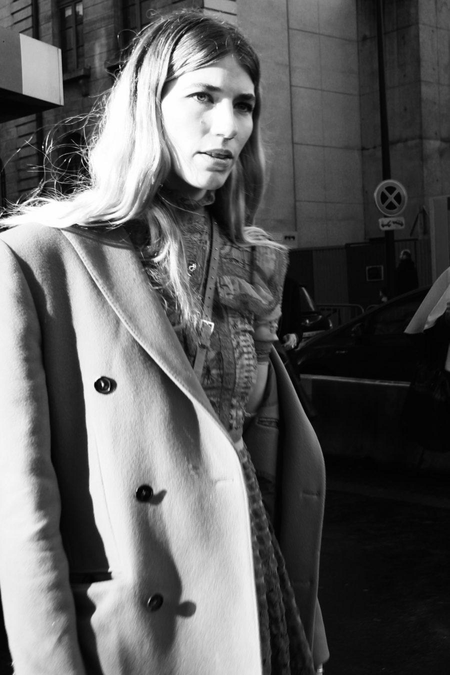 Veronika Heilbrunner Streetstyle paris Fashion Week 2017 FW