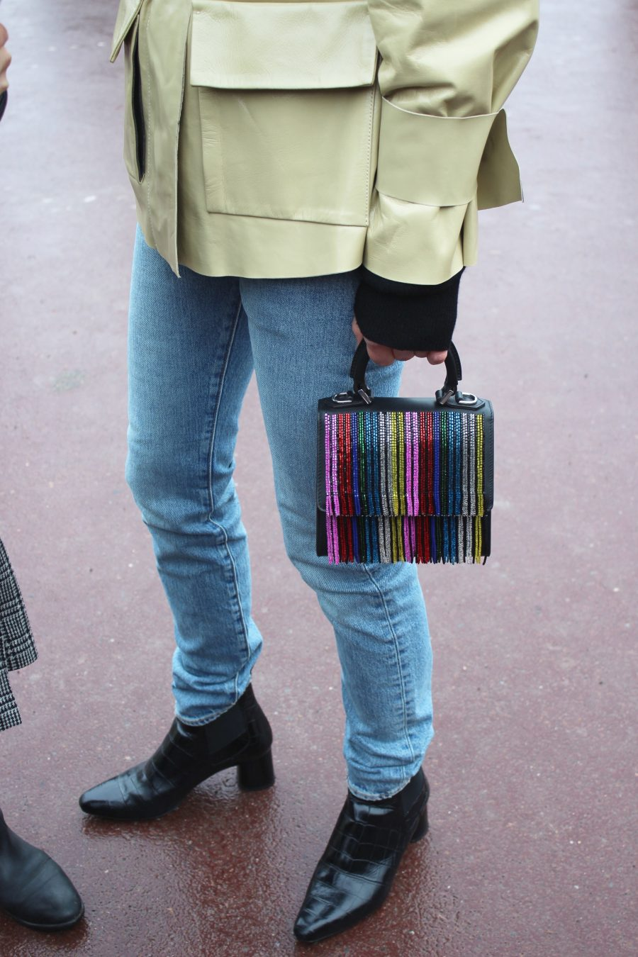 Paris Fashion Week AH17 Street Style Linda Tol after Hermes