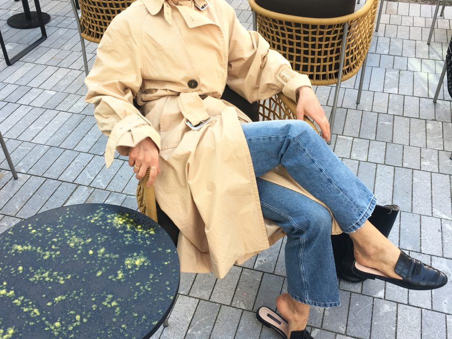 fashion blogger trench coat