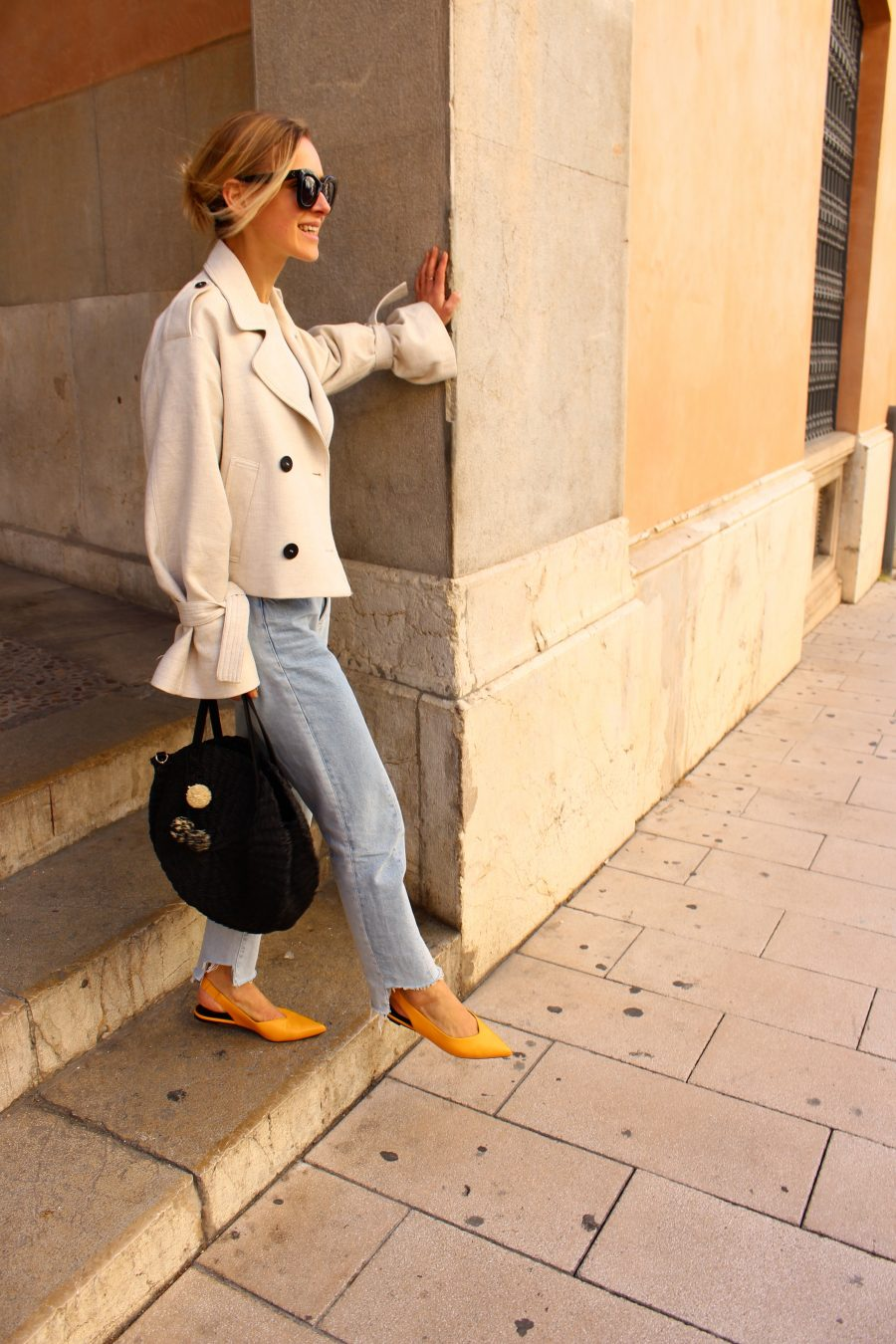 yellow slipper H&M