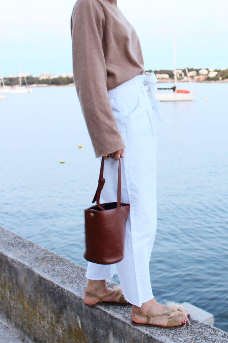 weiße hochgeschnittene jeans Zara