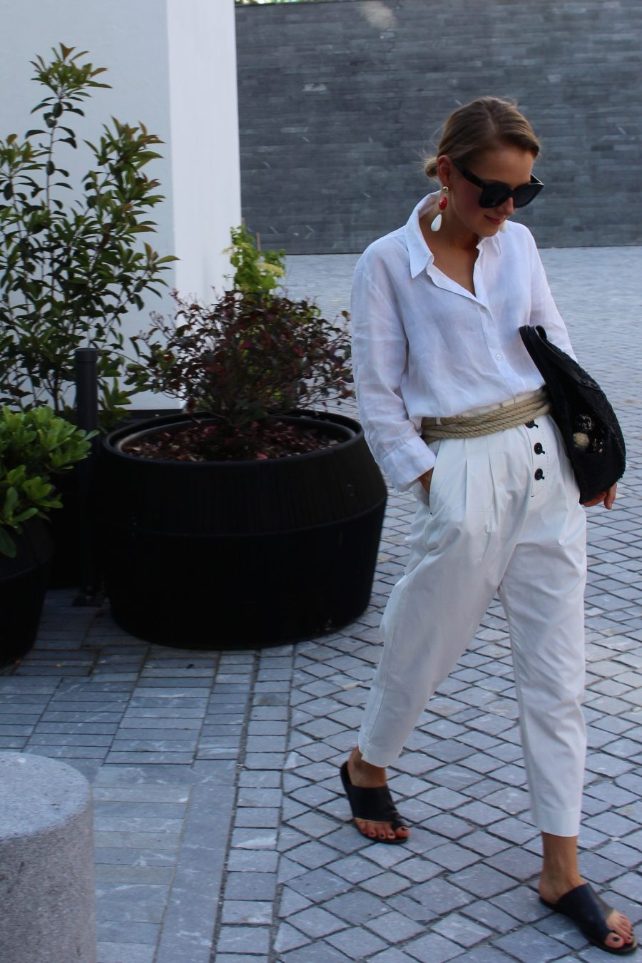 white look blogger