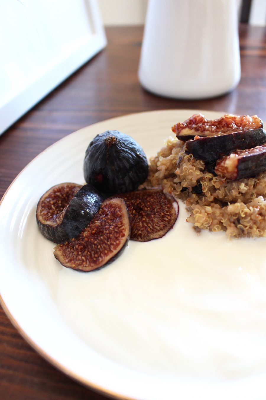 Warm fig quinoa breakfast bowl