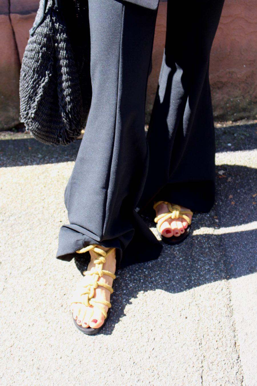 Flared pants black olsen style