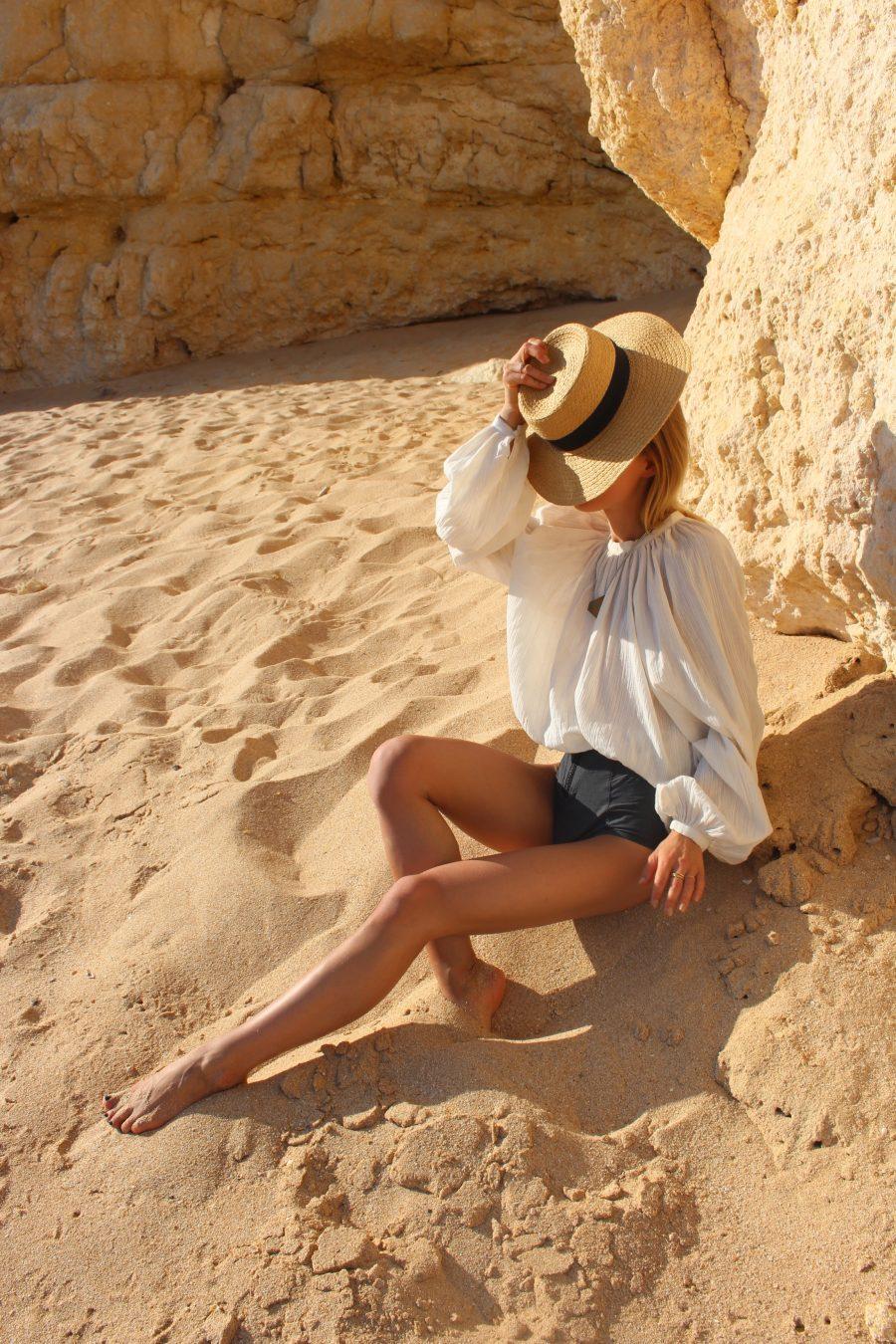 white bluse H&M romantic details