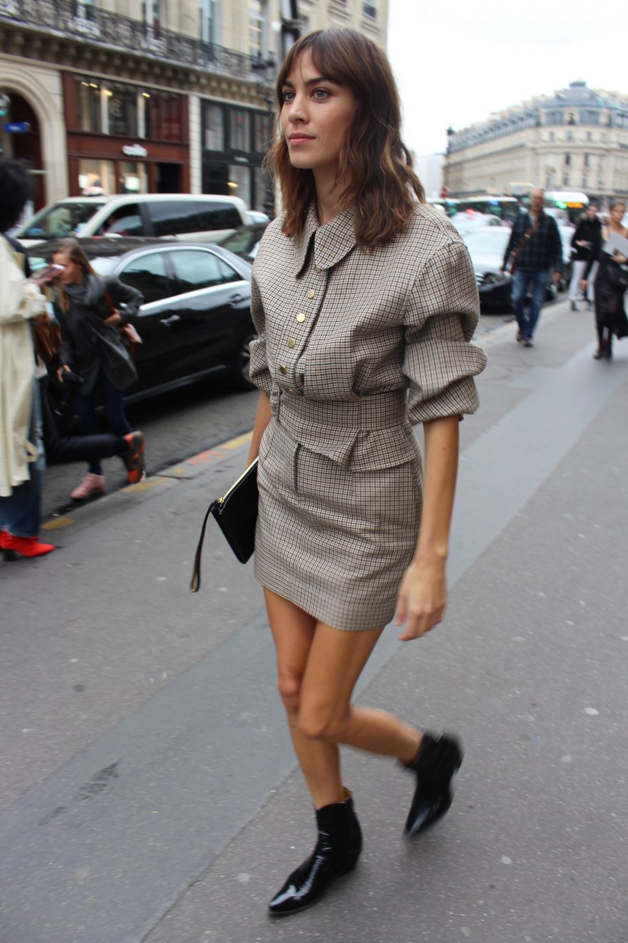 Street Style from Paris Fashion Week SS18, Day alexa chung