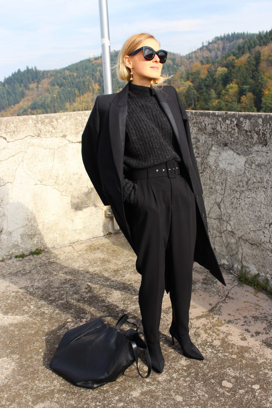 The Black Coat |05.11.2017