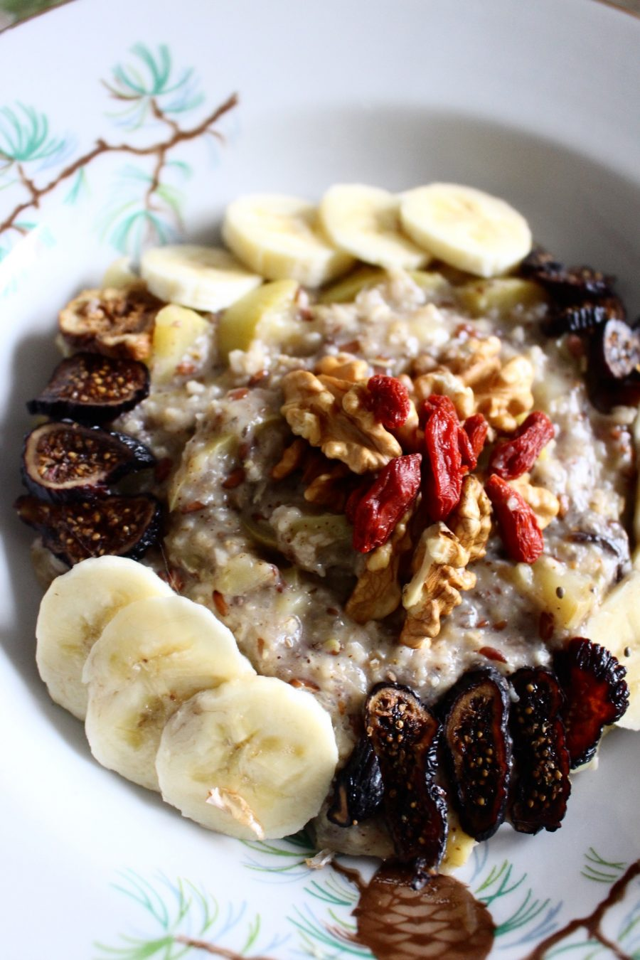 warm Apple-Banana Porridge