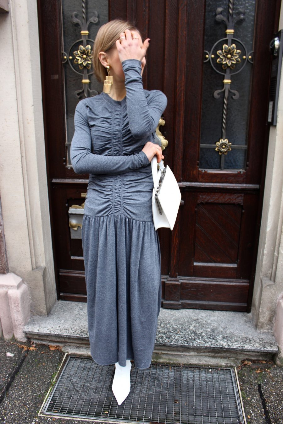grey maxi dress H&M trend 2017