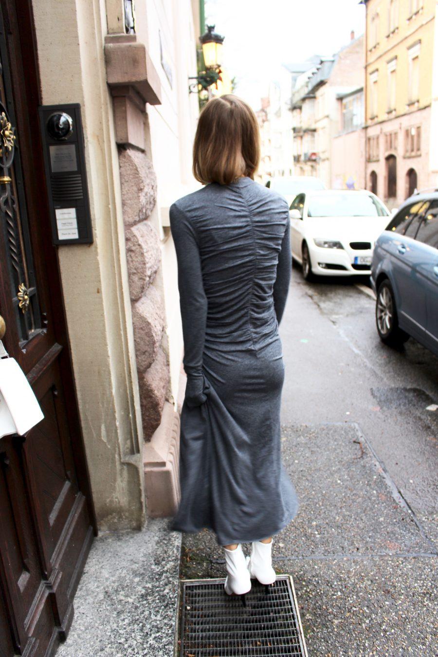 drapiertes kleid grau H&M trend