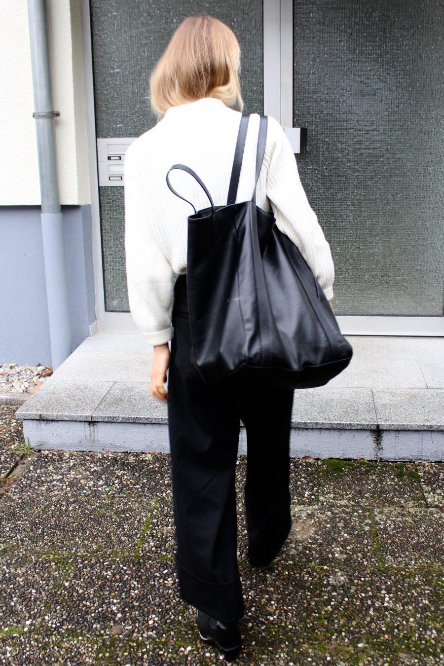 Balenciaga Bag black mango