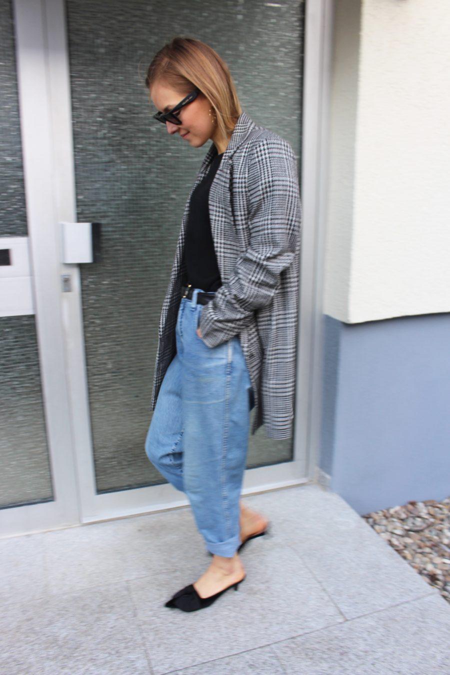 vintag earmani jeans