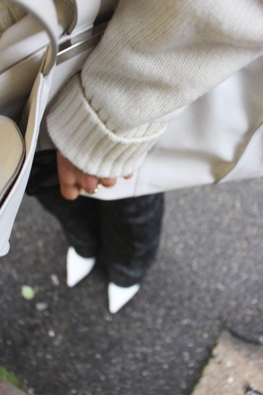 white boots balenciaga