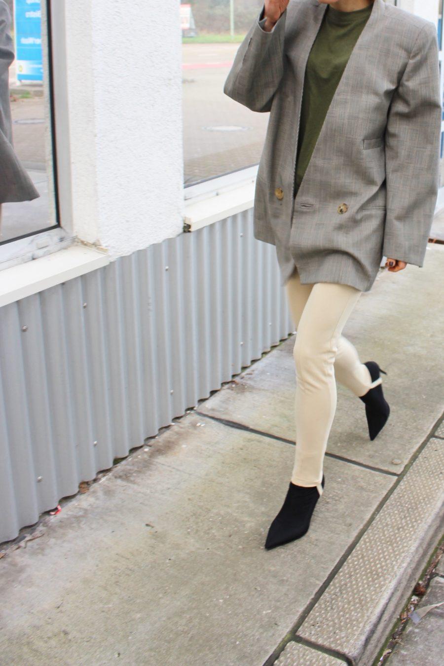 tight sock boots balenciaga black