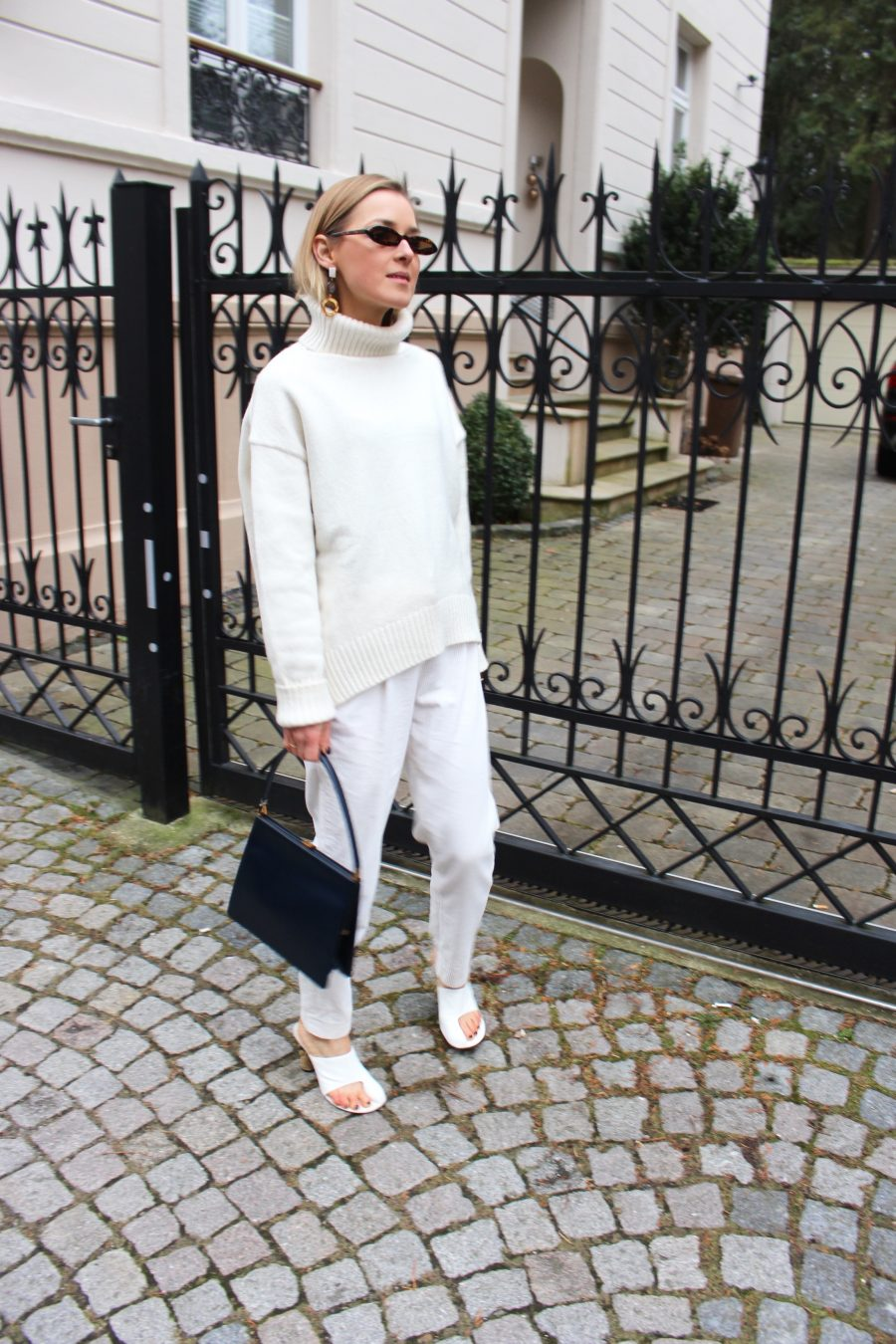 white look blogger style
