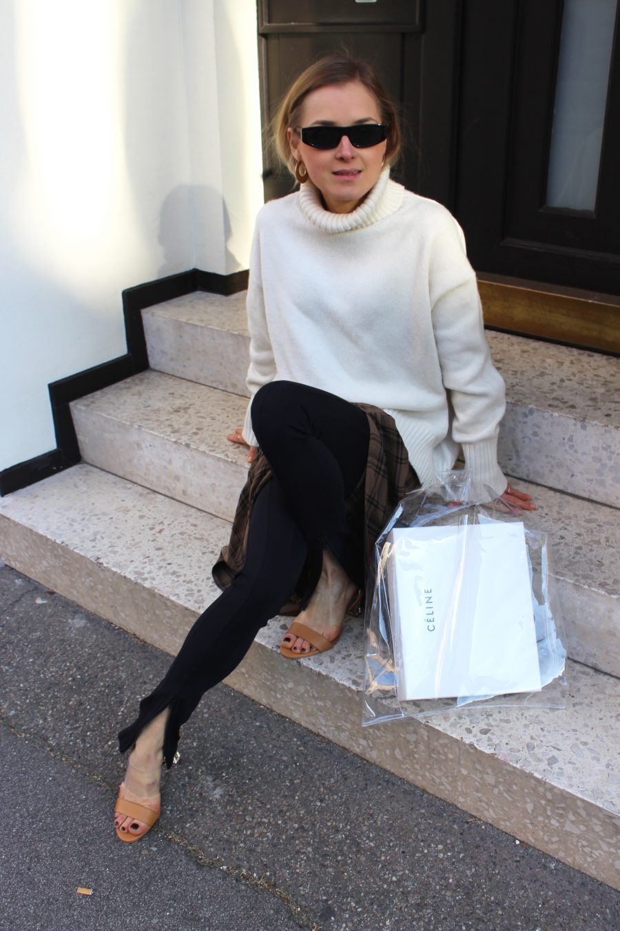 white sweater H&M Trend