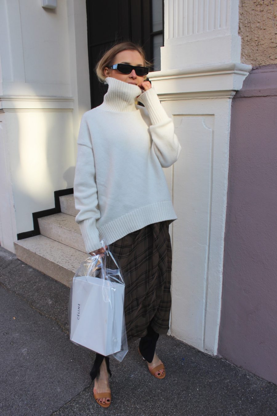 wide sweater cozy look white H&M