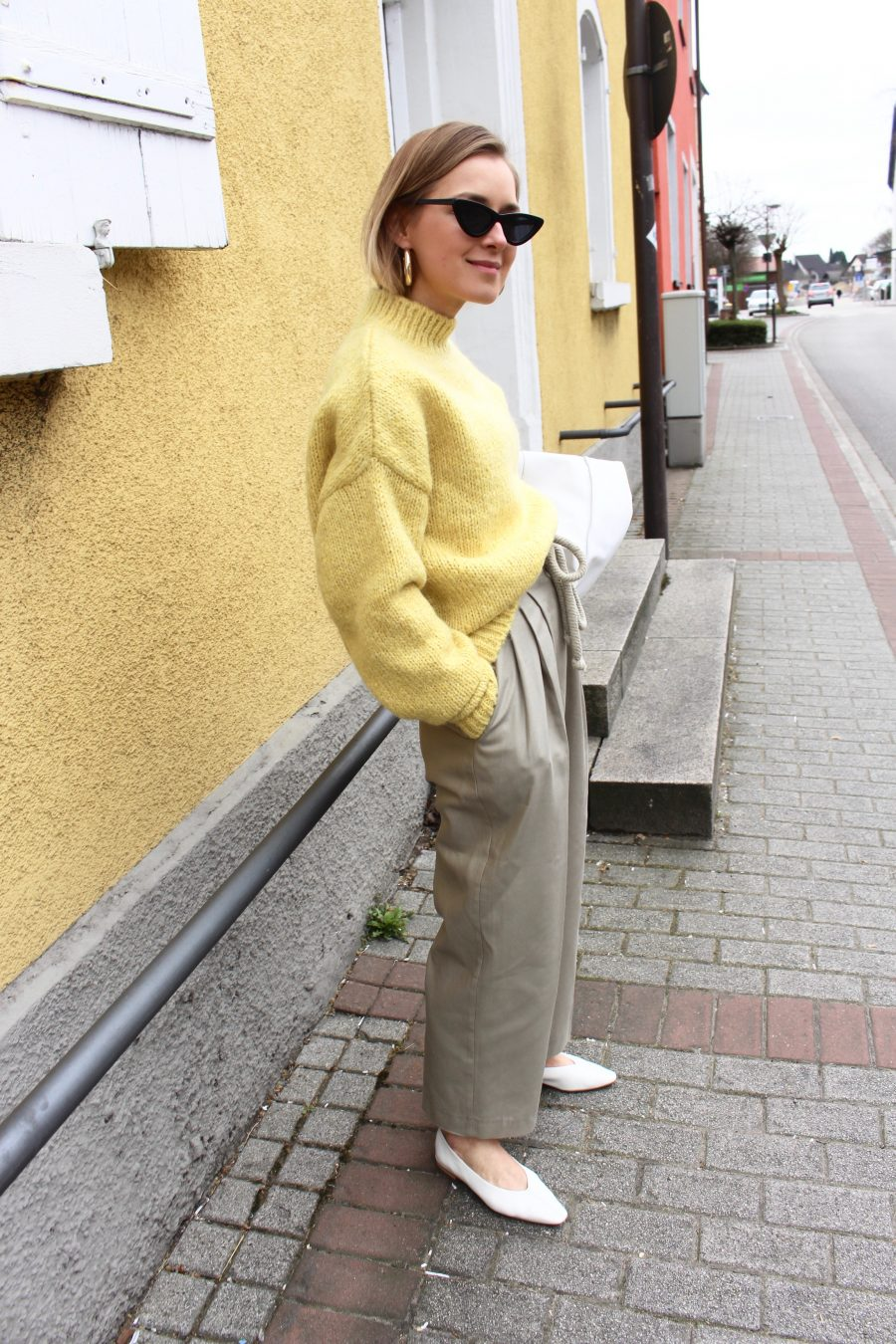 Yellow sweater H&M Trend