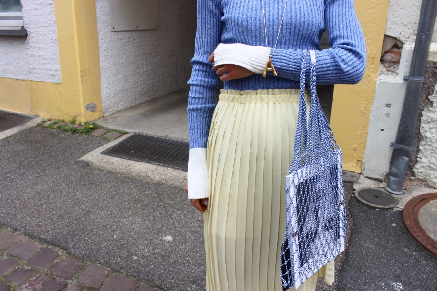 Baby Blue ribbed shirt h&M trend