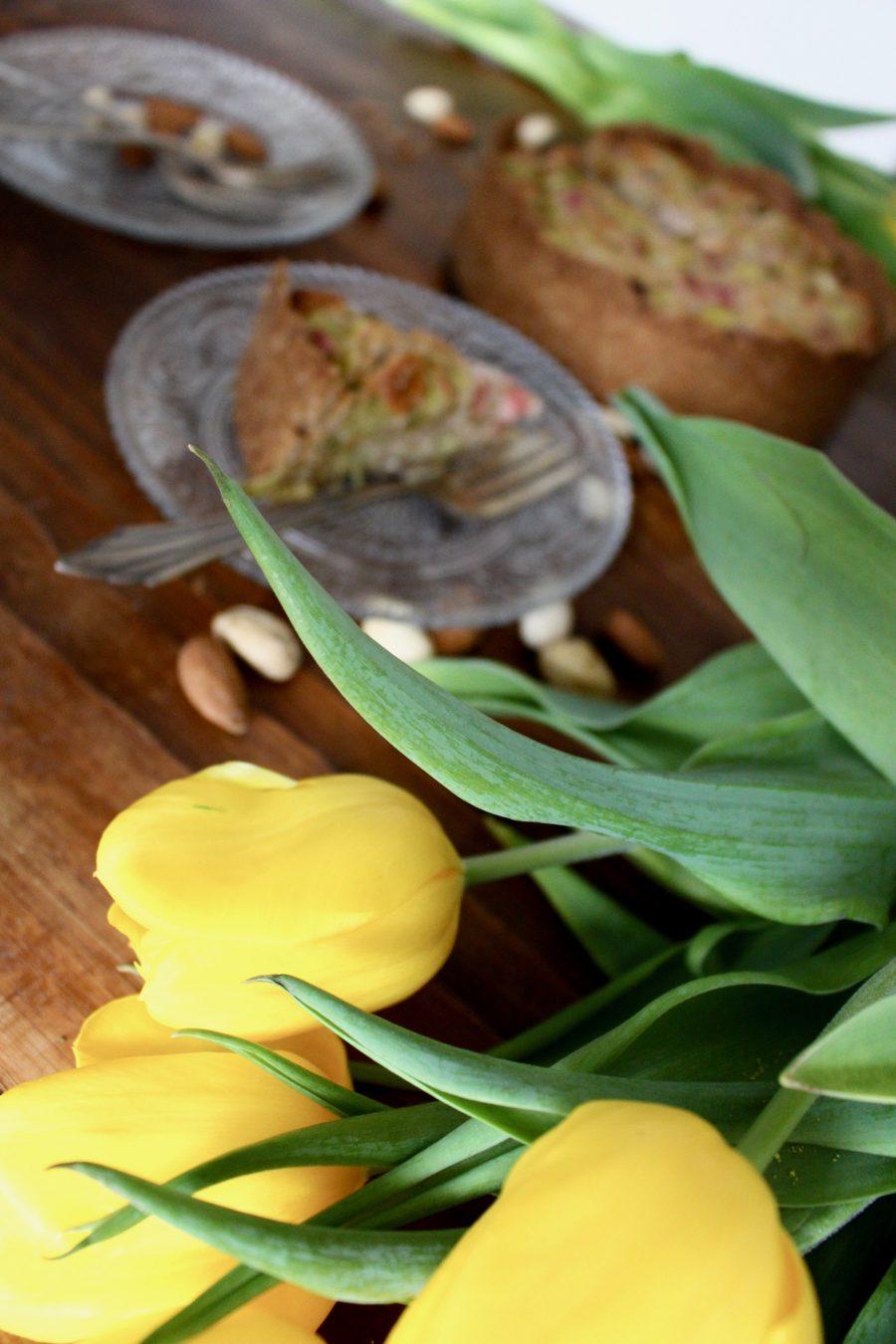 Rhabarber-Marzipan Kuchen
