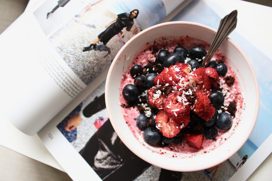 Summer Strawberry-Bowl Breakfast