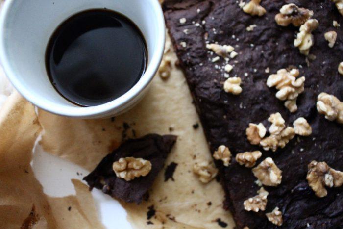 Black Bean Brownie Cake