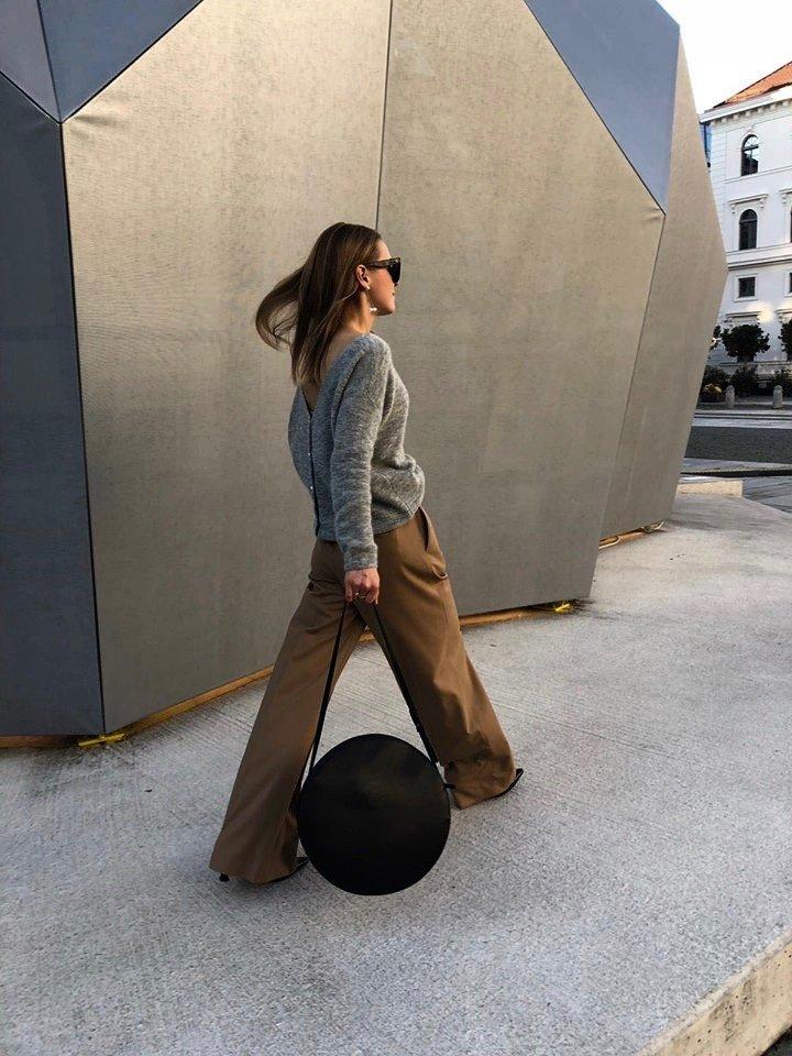 sézane round leather bag black